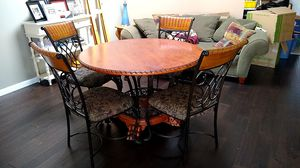 Dining room table and chairs for Sale in Georgetown, KY