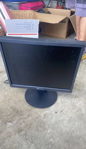 Computer monitor for Sale in Riverview, FL