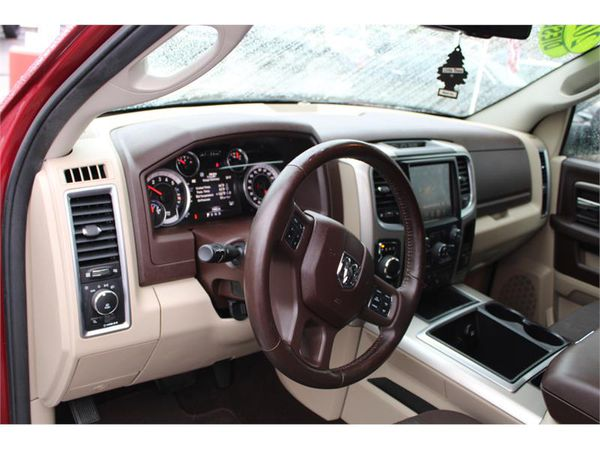 2015 RAM 1500 4WD CREW CAB SHORT BED BIG HORN HEATED SEATS