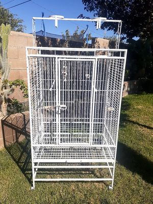 White bird cage for Sale in Palmdale, CA