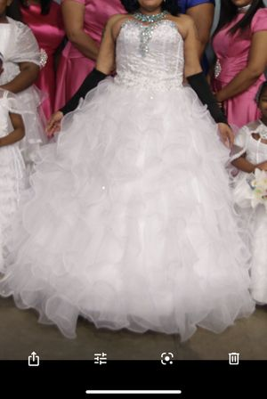 Wedding Dress. fits 16-20 for Sale in Brentwood, NC