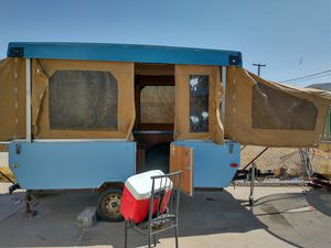 86 Starcraft tint trailer for Sale in Phoenix, AZ