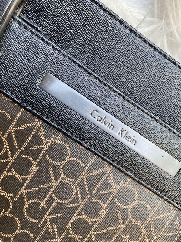 Calvin Klein Crossbody Bag (NEW)