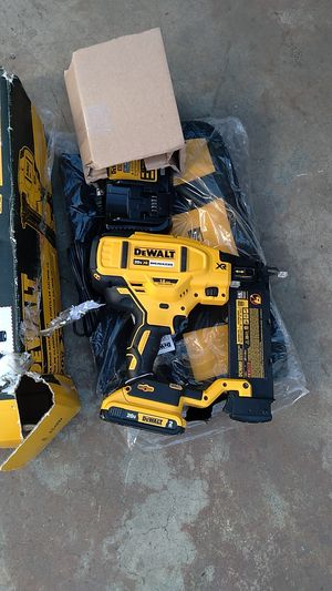 18 ga finish nailer battery and charger for Sale in E RNCHO DMNGZ, CA