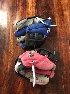 2 baseball gloves for kids for Sale in Aliso Viejo, CA