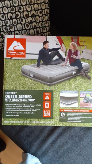 Tritech queen airbed for Sale in Fresno, CA