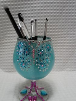 Make-up brush Holder for Sale in Sidney,  OH