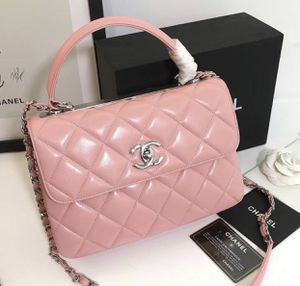 Chanel pink bag for Sale in Carrollton, TX