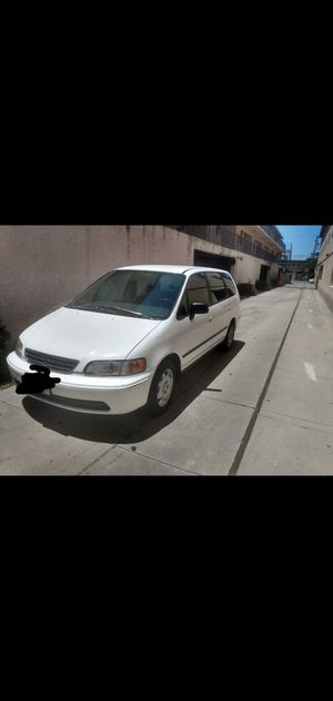 Honda Odyssey 4 cylinder for Sale in Los Angeles, CA