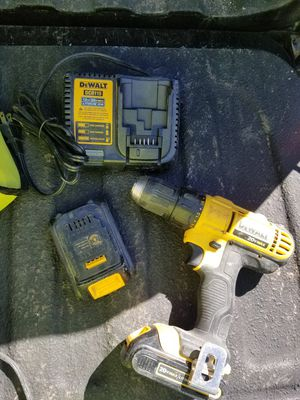 dewalt drill 20v for Sale in East Providence, RI