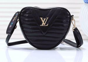 Louis Vuitton LV for Sale in Chantilly, VA