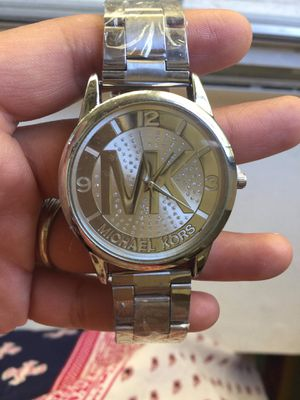 Mk Michael kors unisex silver tone bracelet for Sale in Silver Spring, MD