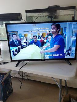 "24"" TV for Sale in Malden,  MA"