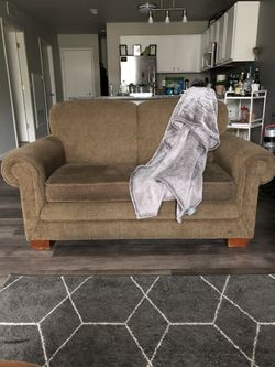 Lazy boy couch for Sale in Troy,  MI