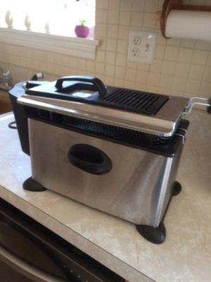 Dip frayer used look new for Sale in Bridgeport, CT