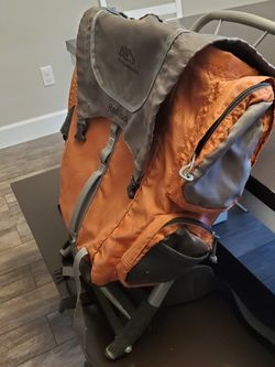Alps Red Rock Backpacking Backpack for Sale in Arlington,  WA
