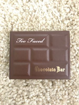 Too Faced - Mini Chocolate Bar ( Eyeshadow and Bronzer) for Sale in Vallejo, CA