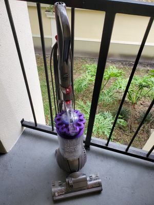 Dyson DC41 Animal Vacuum Iron/Purple for Sale in Windermere, FL