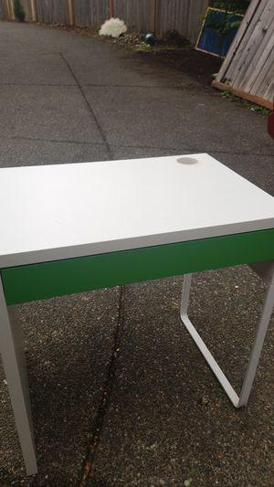 Kid Desk for Sale in Maple Valley, WA