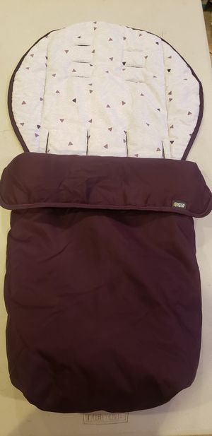 Mamas and Papas footmuff to keep baby , child warm and cozy for Sale in Los Angeles, CA