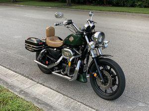 Harley Davidson Sportster 1200 for Sale in Hialeah, FL