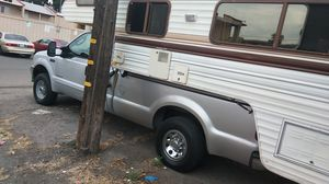 1985 vacationers 6 sleeper.. camper only for Sale in Fresno, CA