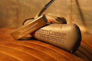 "Scotty Cameron Pro Platinum Laguna Two Putter Titleist Includes Cover! Size: 35"" Length for Sale in Dana Point, CA"