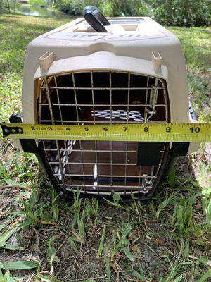 Small frisco petmate cattier for Sale in Bradenton, FL