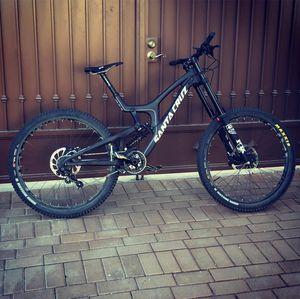V10 Santa Cruz downhill bike for Sale in San Jacinto, CA