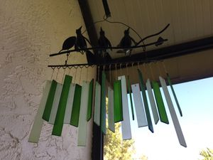 Art glass bird wind chimes for Sale in Leesburg, FL