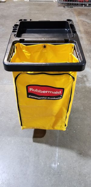 Rubbermaid cleaning cart for Sale in Linthicum Heights, MD