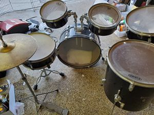 Pearl Rythm Traveler Drum Set for Sale in Anaheim, CA