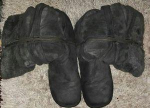 Women's fur boots like new sz 91/2 for Sale in Denham Springs, LA