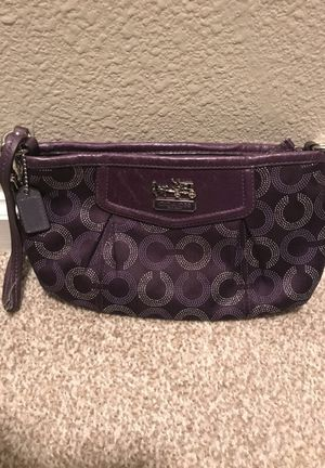 Coach Wristlet purse for Sale in Beverly Hills, CA