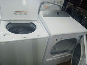 Kenmore washer and dryer electric nice set for Sale in Houston, TX