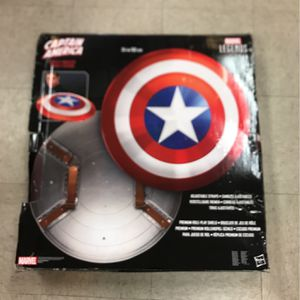 "Marvel Legends Captain America Shield -Bouclier 24""/60cm for Sale in Irvine, CA"