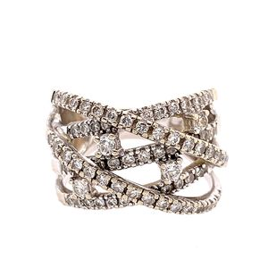 14k Criss Cross Diamond Ring for Sale in Alexandria, VA