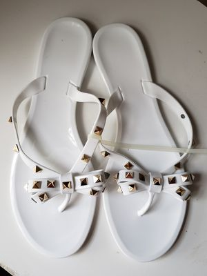 Studded bow flip flops size 10 for Sale in Phoenix, AZ