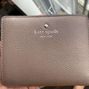 Kate Spade bag for Sale in Secaucus, NJ