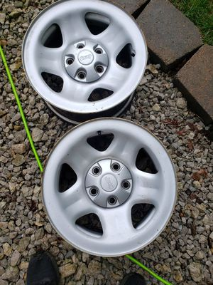 16 in jeep wheels for Sale in Byrnes Mill, MO