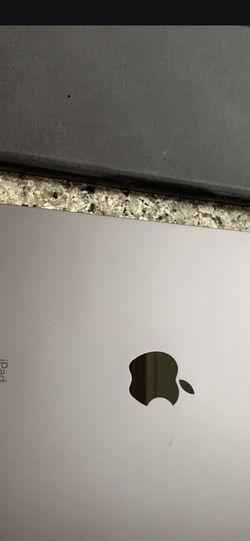 iPad Pro 11 Inch 64gb WiFi Only With Case Under Apple Warranty for Sale in Mountlake Terrace,  WA