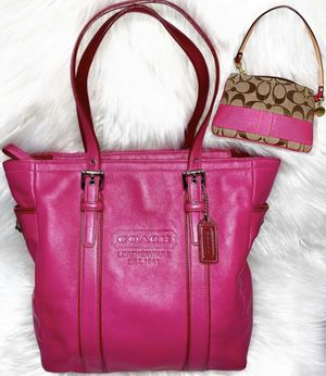 Authentic Coach Pink Purse & Wristlet (Both Like New) for Sale in Chandler, AZ