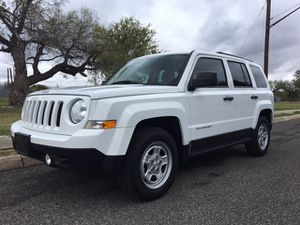 2014 Jeep Patriot 50k miles run great no problems for Sale in Rohnert Park, CA