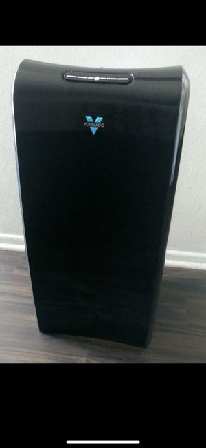 Vornado whole room air purifier for Sale in Los Angeles, CA
