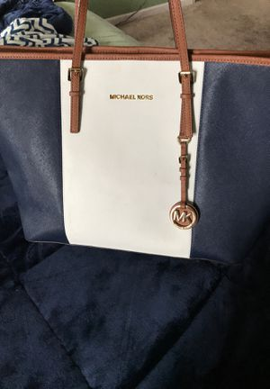Used MK tote bag. for Sale in Fowler, CA