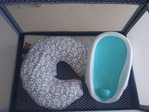 Pack n Play,Bobbie Pillow,Bath Seat for Sale in Sebastian, FL