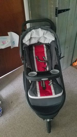 Graco FastAction Fold Jogger Click Connect Travel System, Chili Red for Sale in Newberry, FL