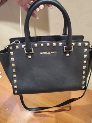 Michael Kors black, gold studded purse for Sale in San Bernardino, CA