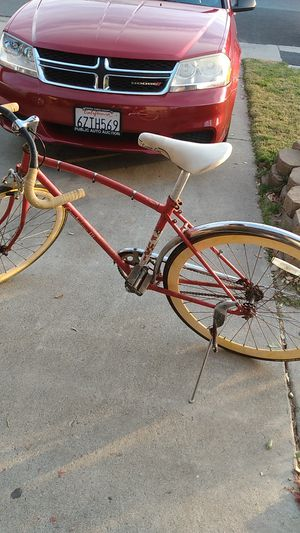 1980 Fuji Cambridge III City Bike M / 52 Suntour Vintage Red for Sale in Antioch, CA