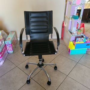 Desk Chair for Sale in Commerce, CA